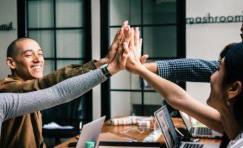 Por que investir em benefícios para colaboradores? Descubra aqui